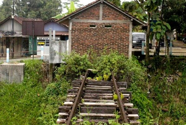 KAI Mulai Rencana Hidupkan Jalur Kereta Mati Bandung-Ciwidey