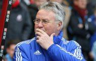 Guus Hiddink Meolak Tawaran Leicester City