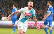 Napoli Ditahan Imbang Juventus