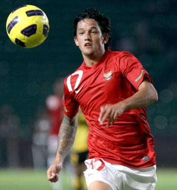 pemain timnas indonesia irfan bachdim