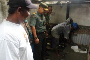 Korem 011/LilawangsaLilawangsa, Kolonel Inf Agus Firman Yusmono saat melihat pengerjaan jamban
