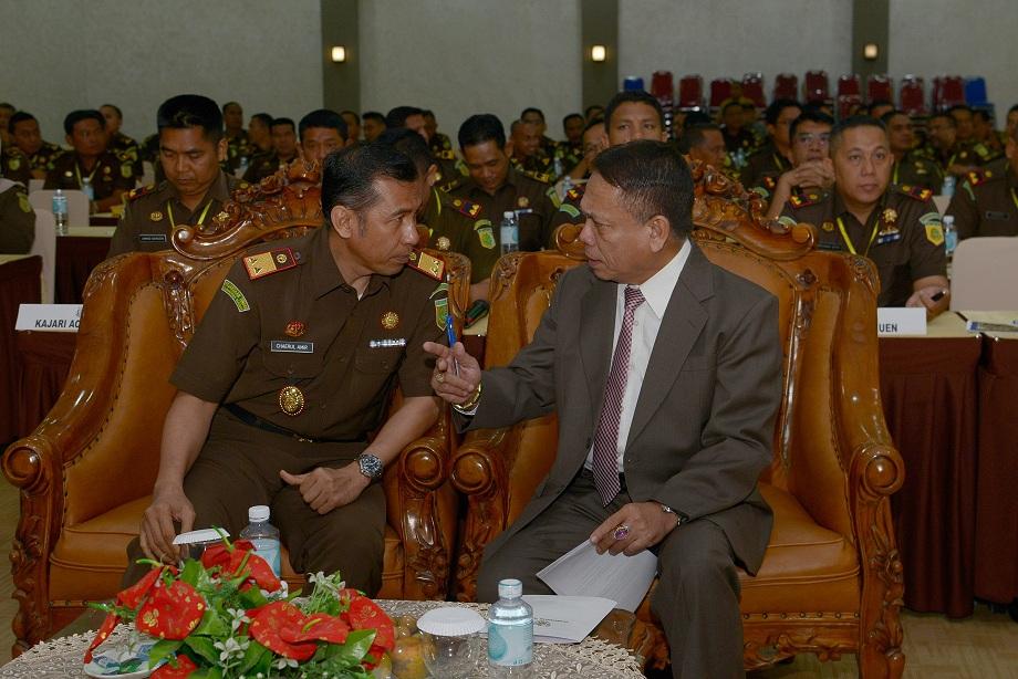 Ini yang Dikatakan Gubernur Aceh kepada Kepala Kejati Aceh