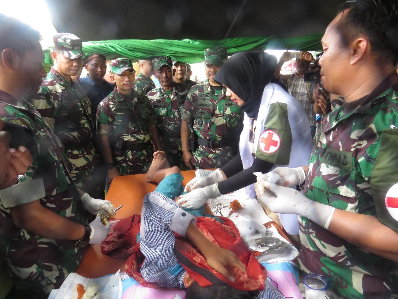 Kodim 0104 Aceh Timur Gelar Pengobatan Gratis pada Pembukaan TMMD ke -101