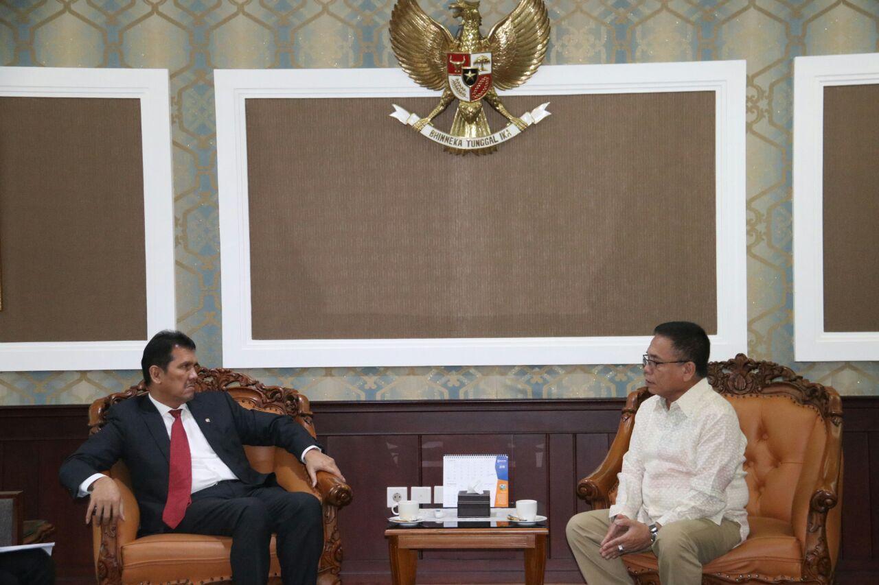 Perjuangkan Nasib Guru Honorer, Gubernur Aceh Jumpai Menpan-RB