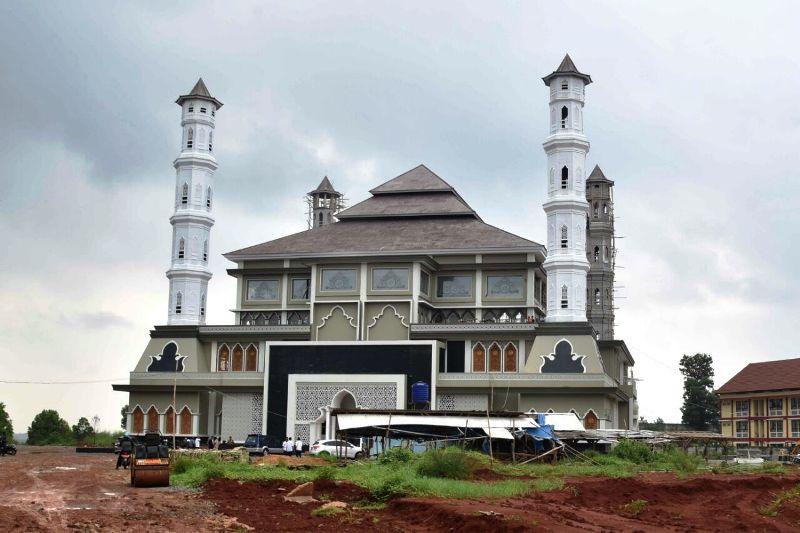 Keindahan Arsitektur Sunda Mesjid Tajug Gede Cilodong Purwakarta