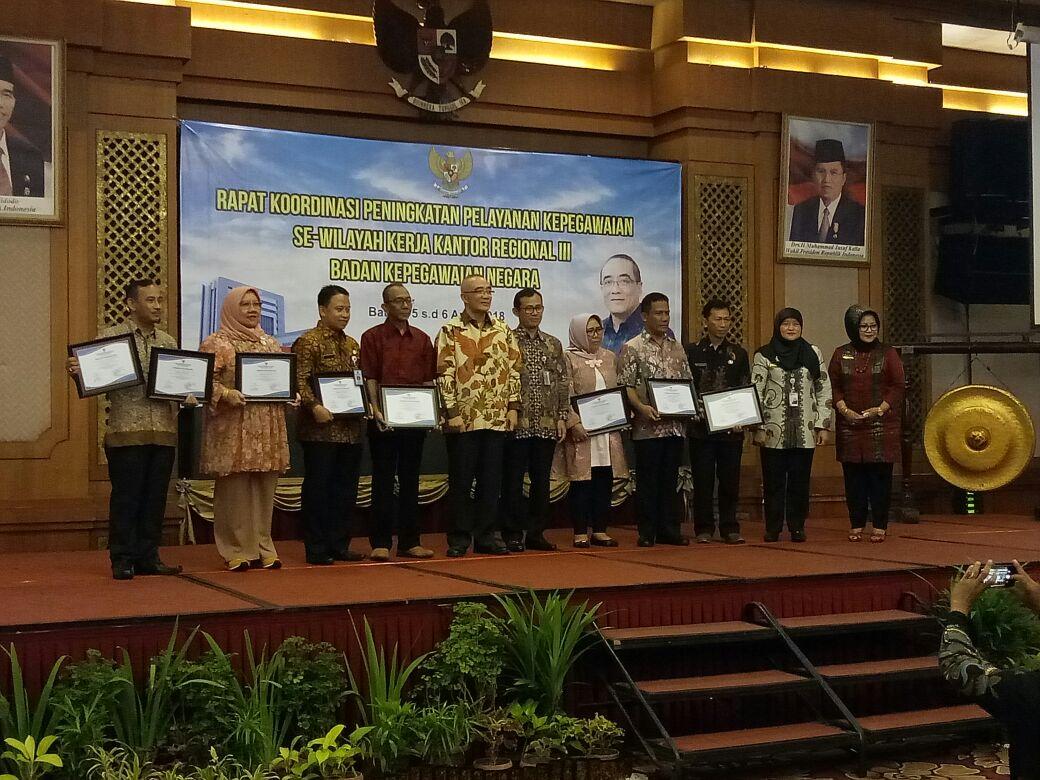 BKPPD Kota Bekasi Raih Penghargaan Kenaikan Pangkat Kinerja