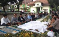 Masyarakat Kranggan Jatisampurna Terus Lestarikan Budaya Babarit