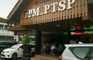 Warga Keluhkan Layanan Perizinan, DPMPTSP dan Disdagperin Saling Lempar