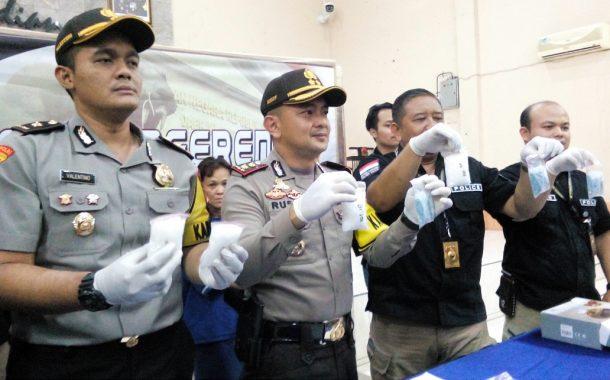 Petugas Amankan 1.600 Butir Pil Ekstasi dan 500 Gram Sabu Senilai Rp 1,5 M dari Janda Tiga Anak