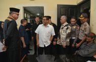 Lihat Kantor Samsat Dipadati Masyarakat, Plt Gubernur Janjikan Gedung Baru Tahun Depan
