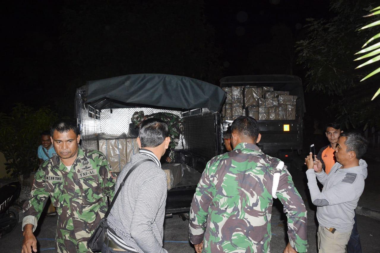 Anggota TNI Bongkar Kasus Penyelundupan Rokok Ilegal asal Singapura