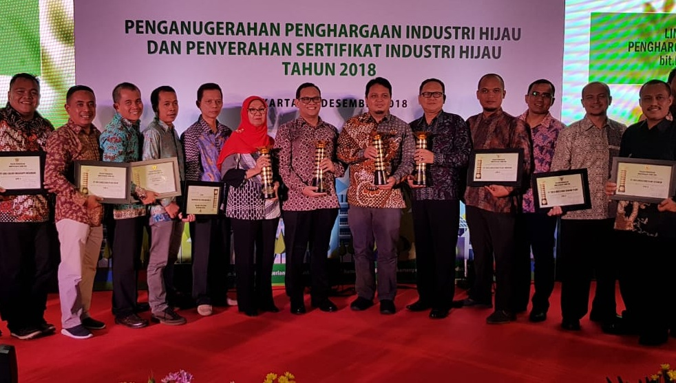 Komitmen Terhadap Lingkungan, Pabrik AQUA Bekasi Raih Penghargaan Industri Hijau 2018