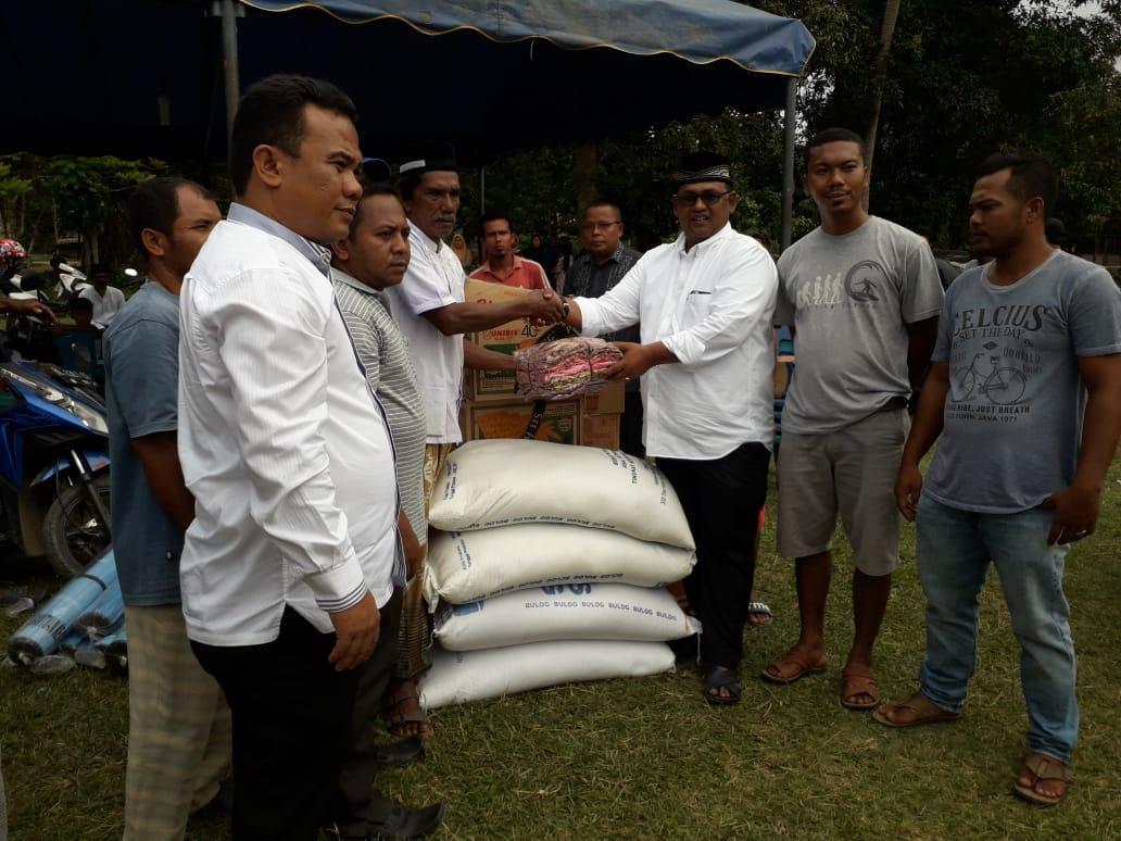 Wabup Fauzi Yusuf Serahkan Bantuan Masa Panik untuk Korban Semburan Lumpur