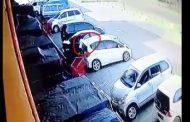 Lotte Grosir Karawang Rawan Maling, Mobil Pengunjung Dibobol Pada Siang Bolong