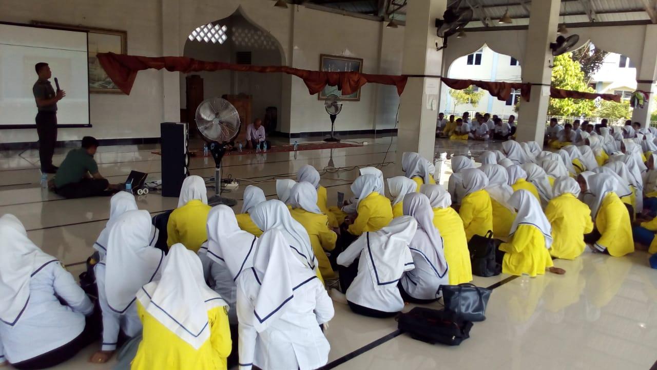 Danramil 22 Langsa Barat Sosialisasikan Pendaftaran TNI di Stikes Cut Nyak Dhien