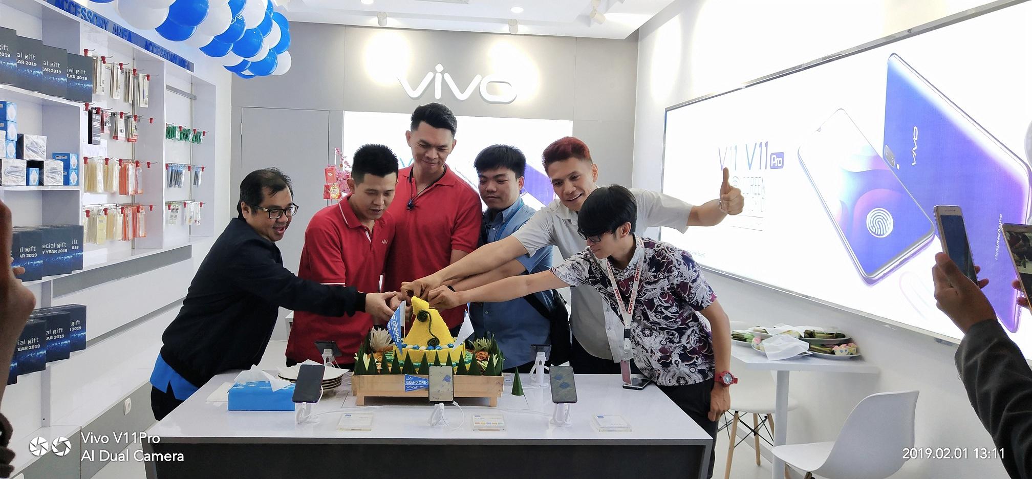 Kini Vivo Store Sudah Hadir di Karawang, Banyak Promo Menarik Ditawarkan