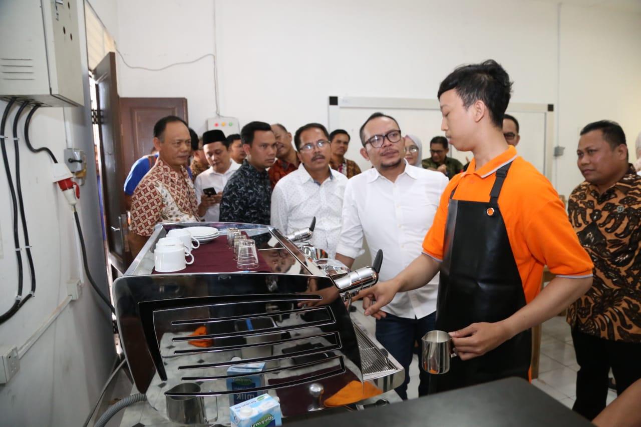 Menteri Hanif Minta BBPLK Medan Lebih Inovatif dan Kreatif