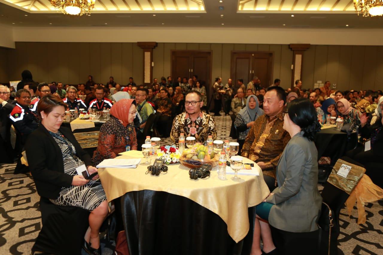 Menaker Hanif Ajak ASEAN Wujudkan Kerja Layak Bagi Pekerja