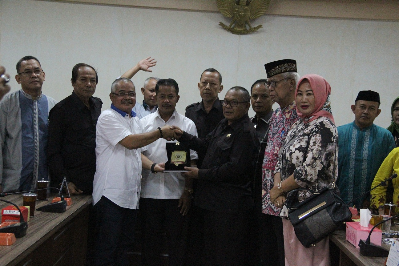 DPRD Kabupaten Purwakarta Godok Raperda Retribusi Pemakaian Kekayaan Daerah