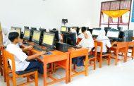 Akibat Komputer Rusak, Siswa SMPN 2 Peusangan Selatan UNBK di SMAN 1