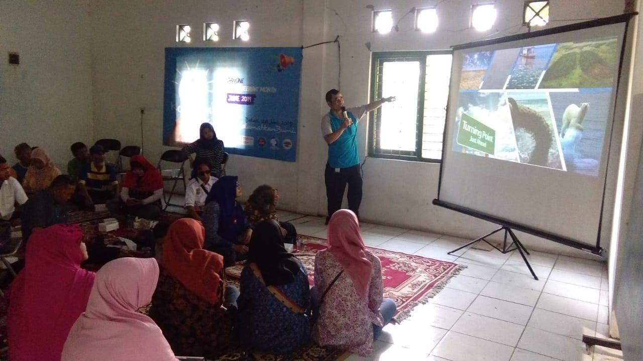 Aqua Bekasi Semangati Disabilitas untuk Gerakan Blu Operation Cinta Lingkungan