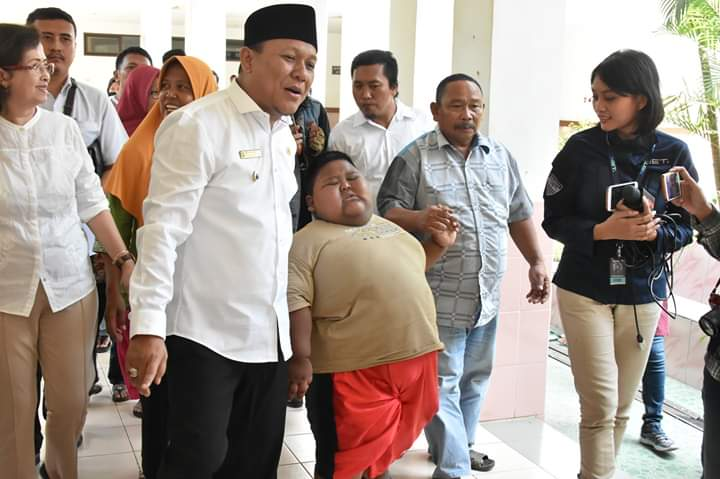 Satia Putra Bocah Obesitas Akhirnya Diobservasi di RSUD Karawang