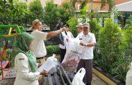 Aparatur Kecamatan Bekasi Timur Kompak Gencarkan Sedekah Sampah