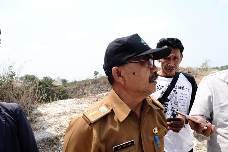 Dinas Lingkungan Hidup dan Kebersihan Karawang Hentikan Aktivitas Penambangan Batu Kapur