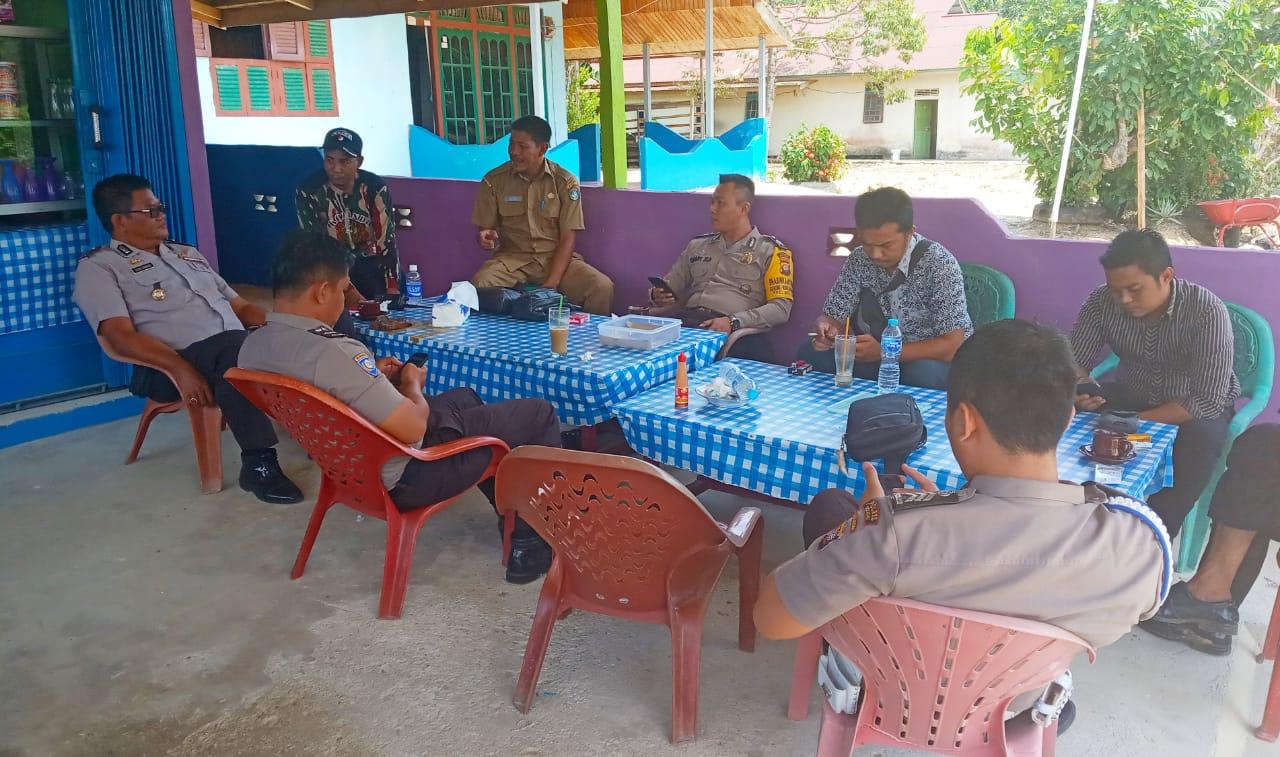 Polsek Belitang Koordinasi Kamtibmas dengan Masyarakat Desa Belitang Dua