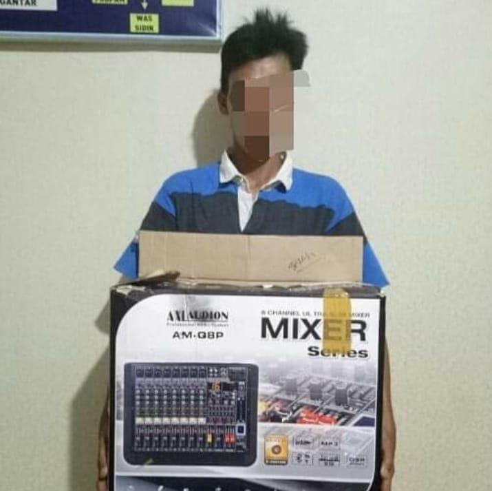 Pria Ini Nekad Mencuri Mixer Merk Axlaudion Milik Masjid Nurul Huda Batu Lalau