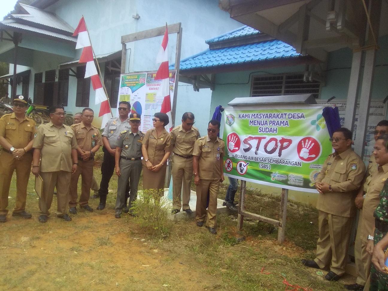 Pemkab Sekadau Deklarasi BABS di Desa Menua Prama