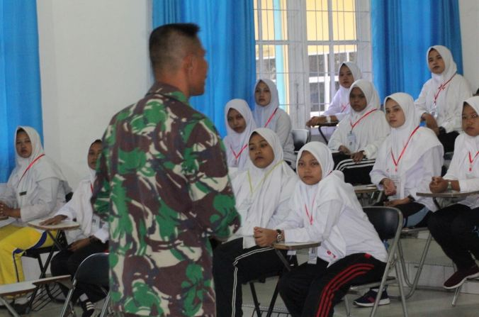 Mahasiswa STIKES Cut Nyak Dhien Dibekali Wawasan Kebangsaan oleh Kodim 0104 Aceh Timur