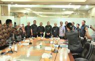 Bupati dan Kadisnakertrans Karawang Datangi BNP2TKI sebagai Upaya Pemulangan Rustia dan Septiani