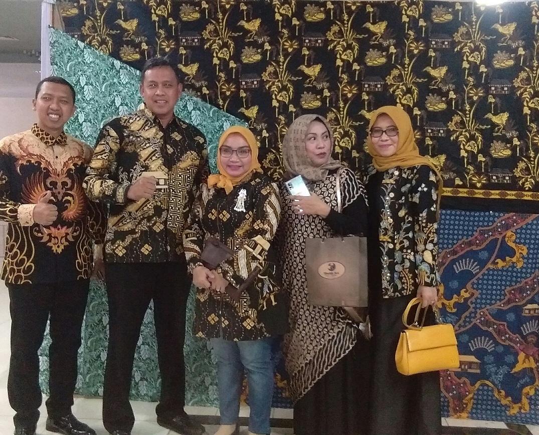 Kombas dan Pemkot Bekasi Kolaborasi Lestarikan Batik Bekasi