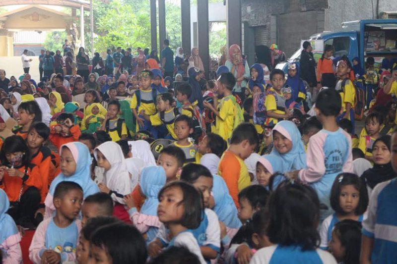 Pemkab Karawang Ajak Masyarakat Ikut Menciptakan Sekolah Layak Anak