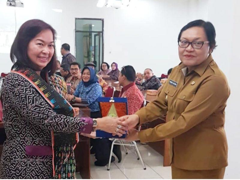 Pemkab Sintang Adopsi Cara dan Sistem Peternakan di Kabupaten Manggarai Barat