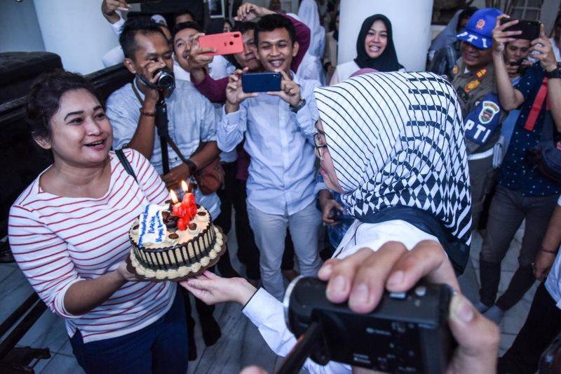 Selamat Ulang Tahun Ambu Anne Ratna Mustika