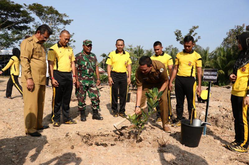 Peduli Penghijauan, Polres Aceh Utara Tanam 1.465 Pohon
