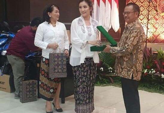Walikota Bekasi Raih Penghargaan PWKI