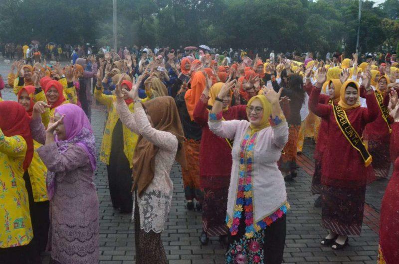 Tim RSUD Kota Bekasi Sabet Juara Pertama Lomba Senam Sekoper Cinta