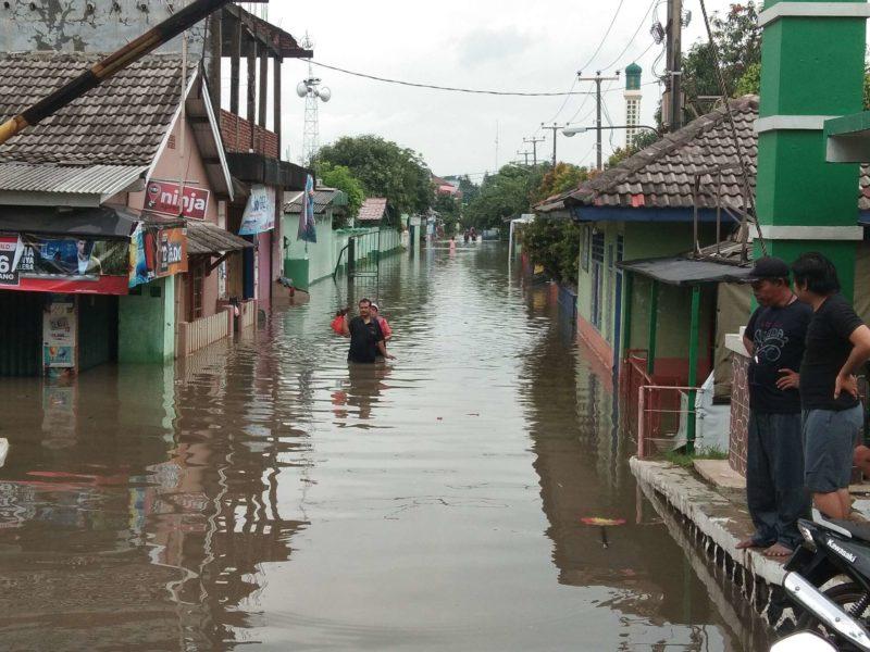 Pemukiman dan Underpass Bekasi Timur Terendam, Warga Perumahan Durenjaya Mengungsi