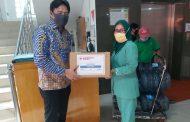 Bina Insani University Sumbang APD ke Rumah Sakit Rujukan Covid-19
