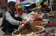 Pedagang Pasar Tradisional Diminta Ganti Penggunaan Kantong Plastik Sekali Pakai