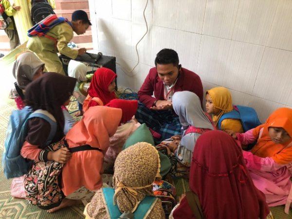Kekurangan Tenaga Pengajar, PMM UMM Jadi Pengajar di Taman Pendidikan Alquran