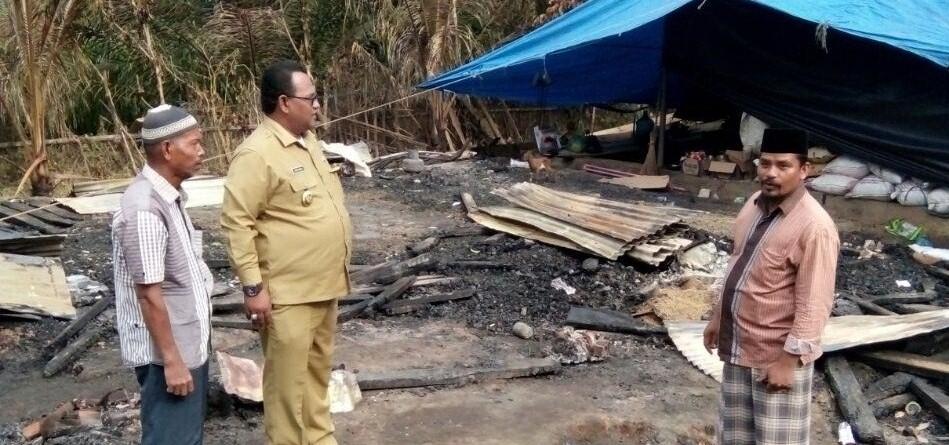 Wakil Bupati Aceh Utara Sambangi Korban Kebakaran Muedang Ara