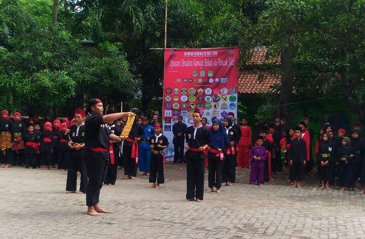 Budayawan Bekasi Peringati Sumpah Pemuda di Rawa Lumbu