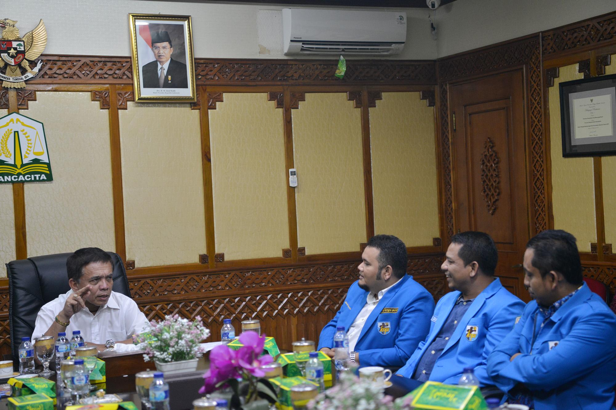 Gubernur Ajak KNPI Berkontribusi dalam Menurunkan Angka Kemiskinan Aceh