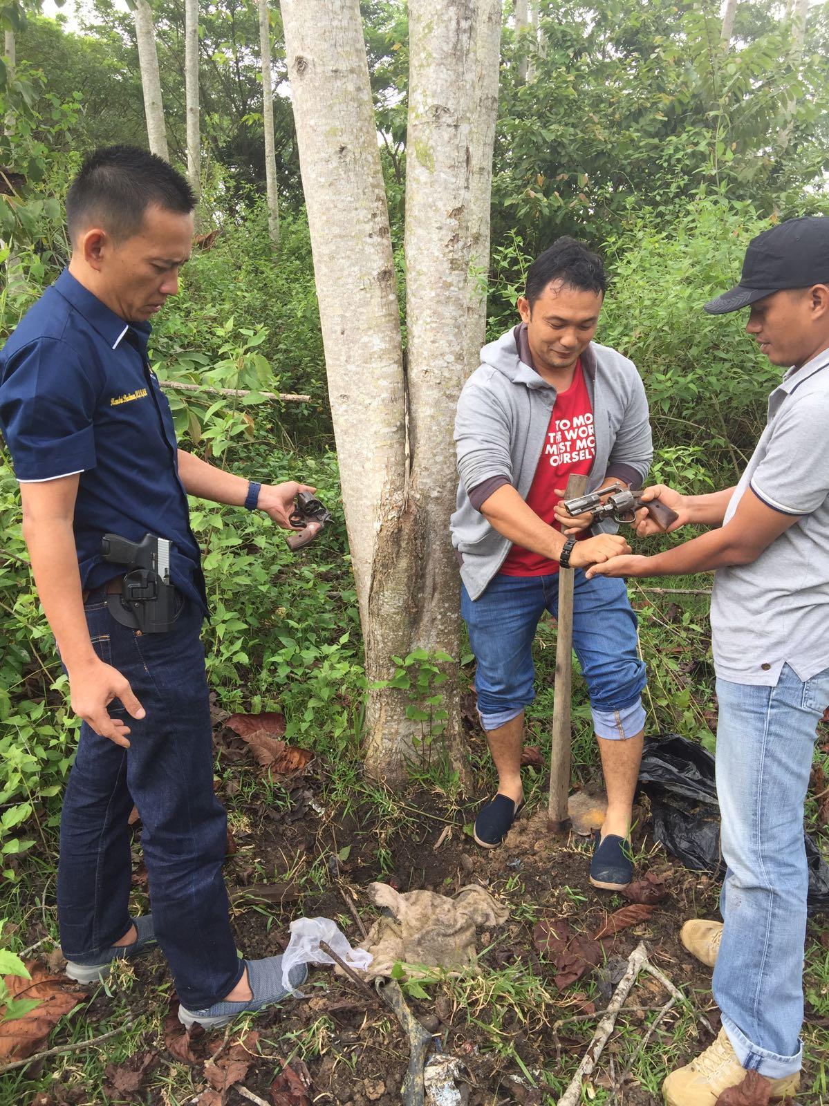 Tempat Konflik di Desa Teupen Reusep, Polisi Temukan Senpi Revolver dan Amunisi