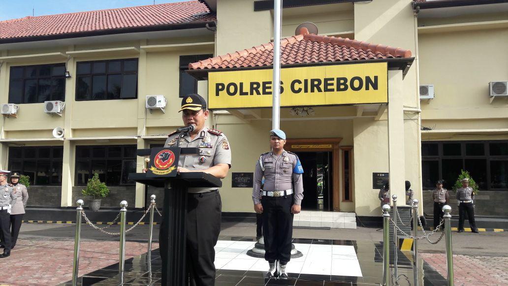 Kapolres Cirebon Pimpin Apel Gelar Pasukan Operasi Bina Kusuma Lodaya 2017