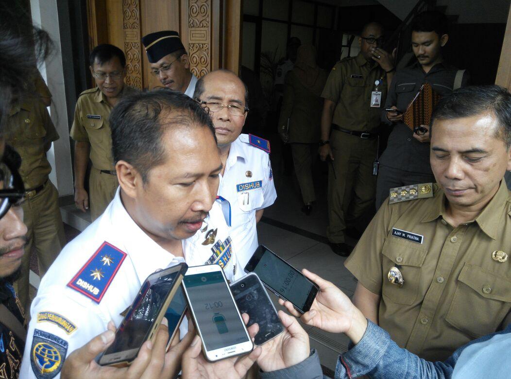 Razia Enam Lokasi Warung Jamu, Polres Purwakarta Mengamankan 395 Miras